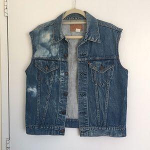 Levi's Oversized Light Wash Denim Vest